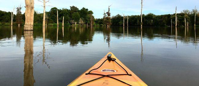 Kayak on Hovey Lake