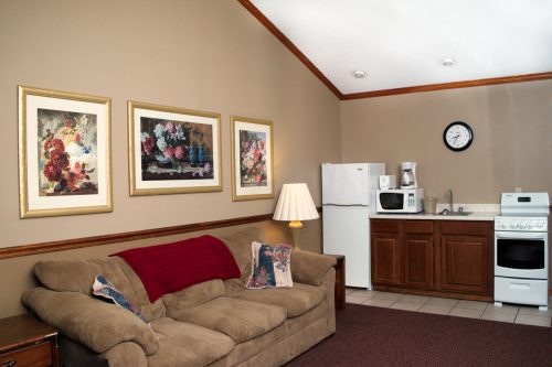 Suite at Four Seasons Motel
